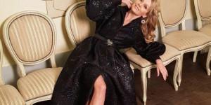В Сети обсуждают слухи о беременности 49-летней певицы Валерии