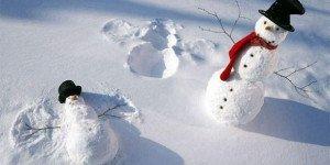 Новогоднее настроение: ТОП-20 самых креативных снеговиков, сделанных руками людей с отличным чувством юмора (ФОТО)