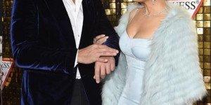 Дженнифер Лопес расцветает рядом с Алексом Родригесом: пара покорила всех на вечеринке