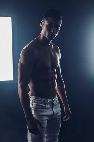 Шикарный мужчина: Криштиану Роналду снялся в рекламе собственного бренда