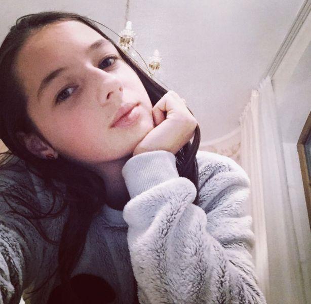 Вся в мать: дочь Волочковой заговорила про комплексы и творчество