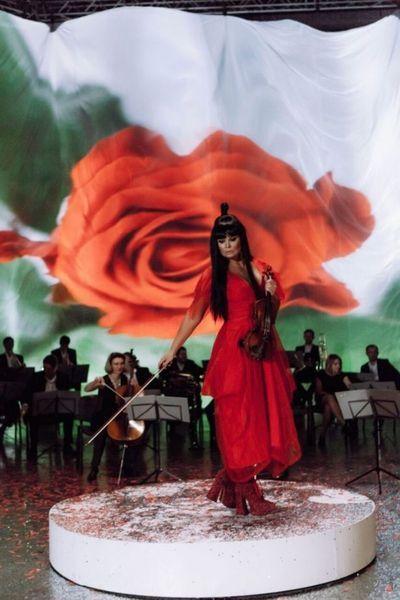 """Ассия Ахат замахнулась на """"Грэмми"""": альбом украинской скрипачки """"All-in"""" подан на награду сразу в восьми номинациях"""