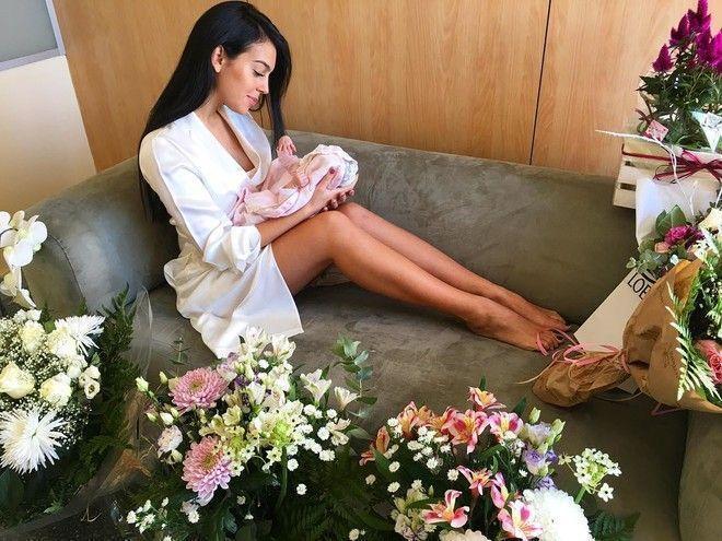 Смотри и учись: невеста Роналду показала, как худеть после родов