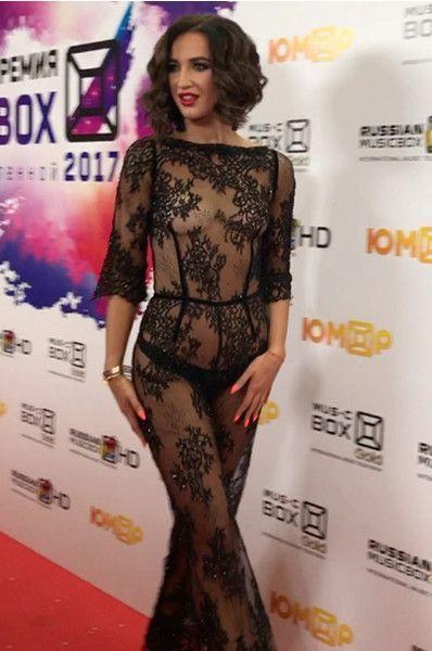Блеснула разрезом: Бузова нашла свое идеальное платье