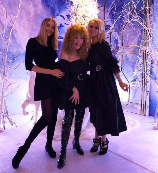 Алла Пугачева восхитила стильным нарядом на дне рождения дочери Филиппа Киркорова (ФОТО)