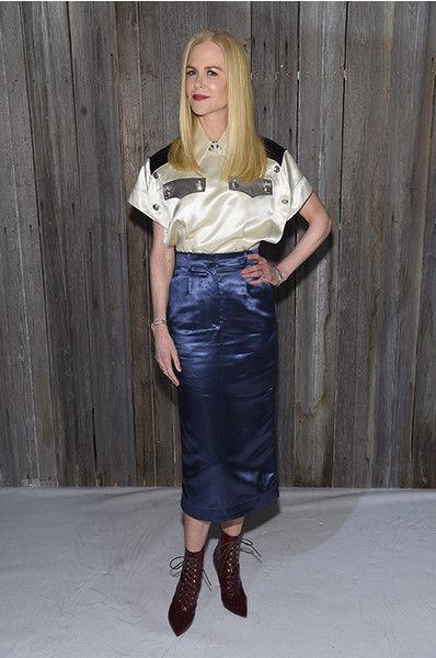 Марго Робби пришла на модный показ без юбки