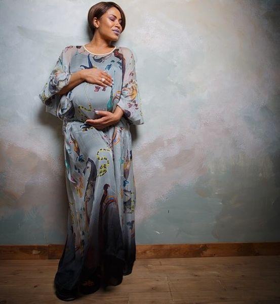 """Гайтана показала подросшую дочь и представила новую песню: премьера """"Обійми, не відпускай"""" (ФОТО)"""