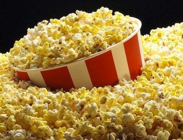 Пять способов приготовить попкорн для домашней киновечеринки
