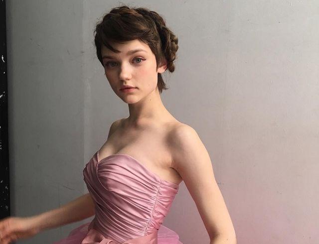 Как кукла: украинская модель восхитила внешностью в рекламной кампании Prada (ФОТО)
