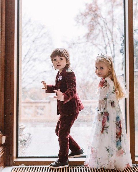 Дети звезд: 10 самых трогательных фото недели