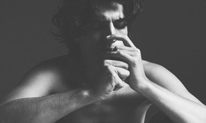 Луи Гаррель: о любви, одиночестве и современных девушках