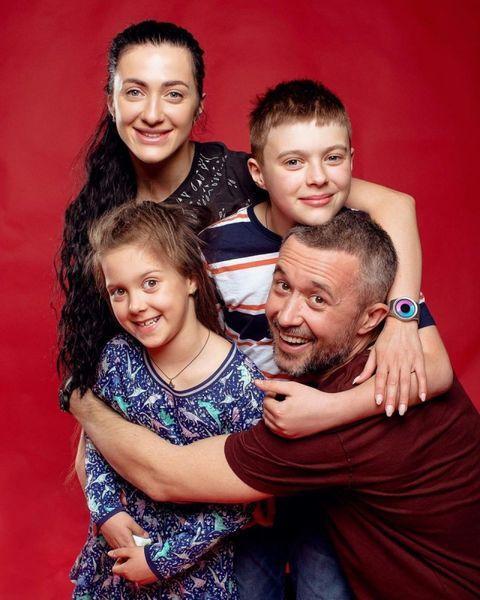 Сергей Бабкин в десятую годовщину рассказал, как тайно обвенчался с женой