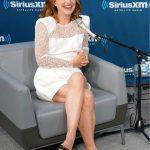 Натали Портман в белом мини-платье (ГОЛОСОВАНИЕ)