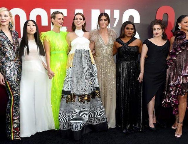 Звездный отряд: во что оделись актрисы на премьеру «8 подруг Оушена»