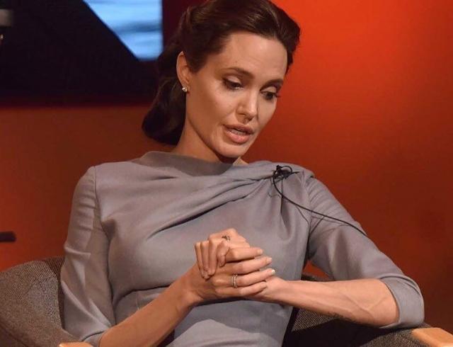 """""""Сексуальное насилие — это оружие"""": Анджелина Джоли выступила с эмоциональной речью"""