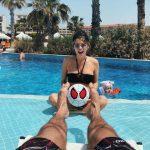 Беременная Шубская показала идеальное тело в купальнике
