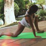 Нюша на 9-м месяце беременности устроила жаркие танцы втроем