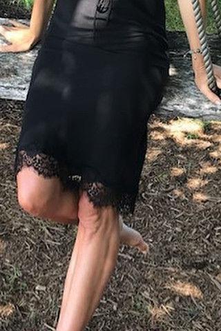Синди Кроуфорд показала морщинистые ноги