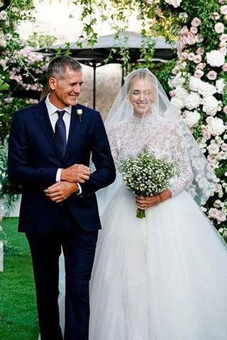 Свадьба Кьяры Ферраньи: образы невесты в деталях и видео с церемонии