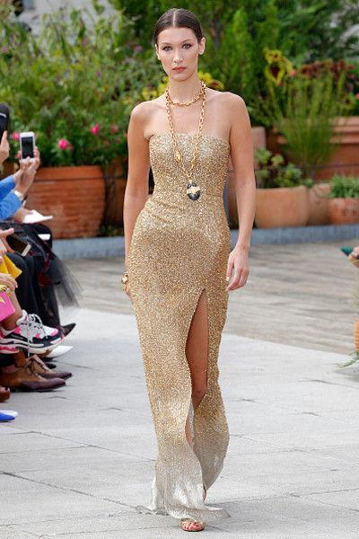 Модный провал: Белла Хадид в костюме сварщика