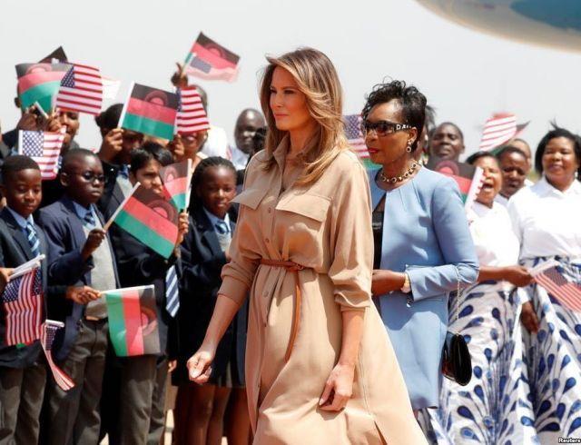 Мелания Трамп встретилась с первой леди Малави и посетила начальную школу в Лилонгве (ФОТО+ВИДЕО)