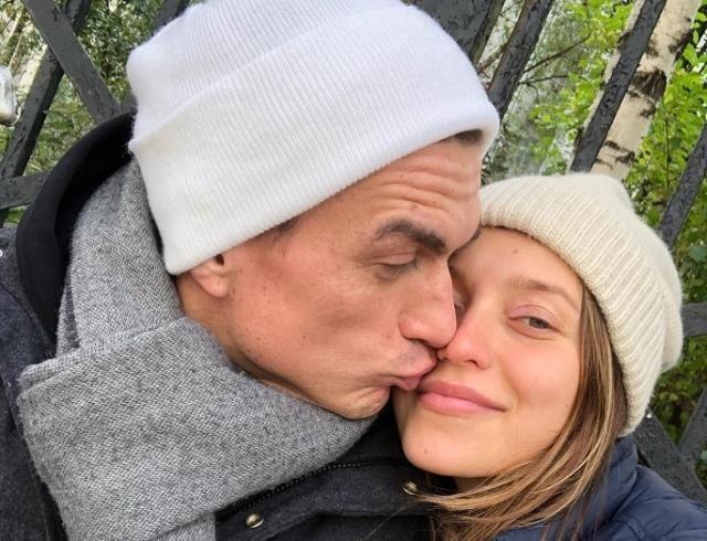 Поженились: Регина Тодоренко и Влад Топалов засветили обручальные кольца