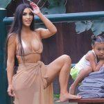 Ким Кардашьян раскритиковали за ретушь фигуры дочери (ФОТО)