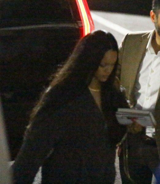 Попалась: Рианна снова встречается с миллиардером