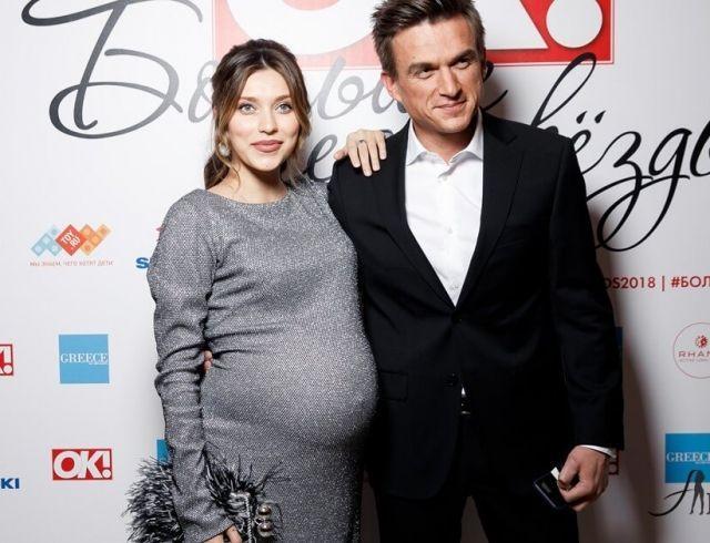 Влад Топалов наконец-то рассказал, какое имя они с Региной Тодоренко дали маленькому сыну