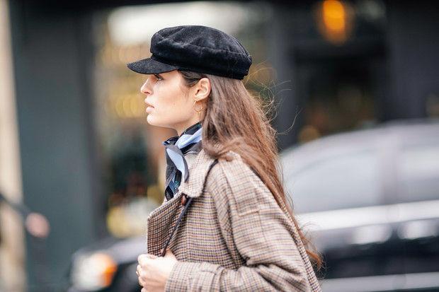 В мужском стиле: как носить головные уборы своего парня