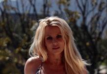 Бритни Спирс показалась в бикини после лечения