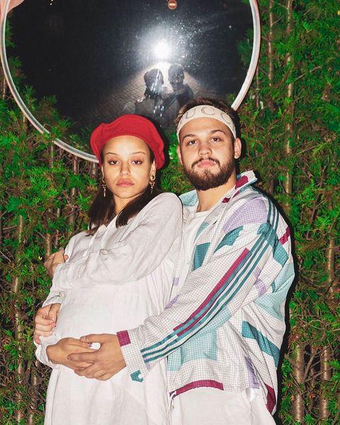 Певицу Сюзанну и Мальбека поздравляют с рождением первенца