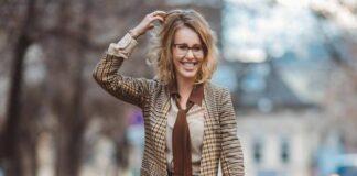 """Рассказала о """"вульгарных"""" 2000-х: Ксения Собчак запустила новое шоу """"Собчак без сахара"""""""