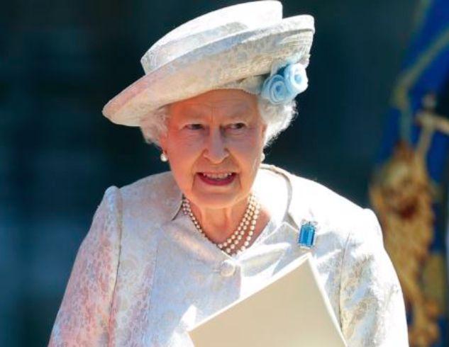 Решение принято: Елизавета II обнародовала сообщение касательно отстранения Меган Маркл и принца Гарри от королевской семьи